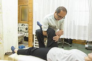 股関節施術